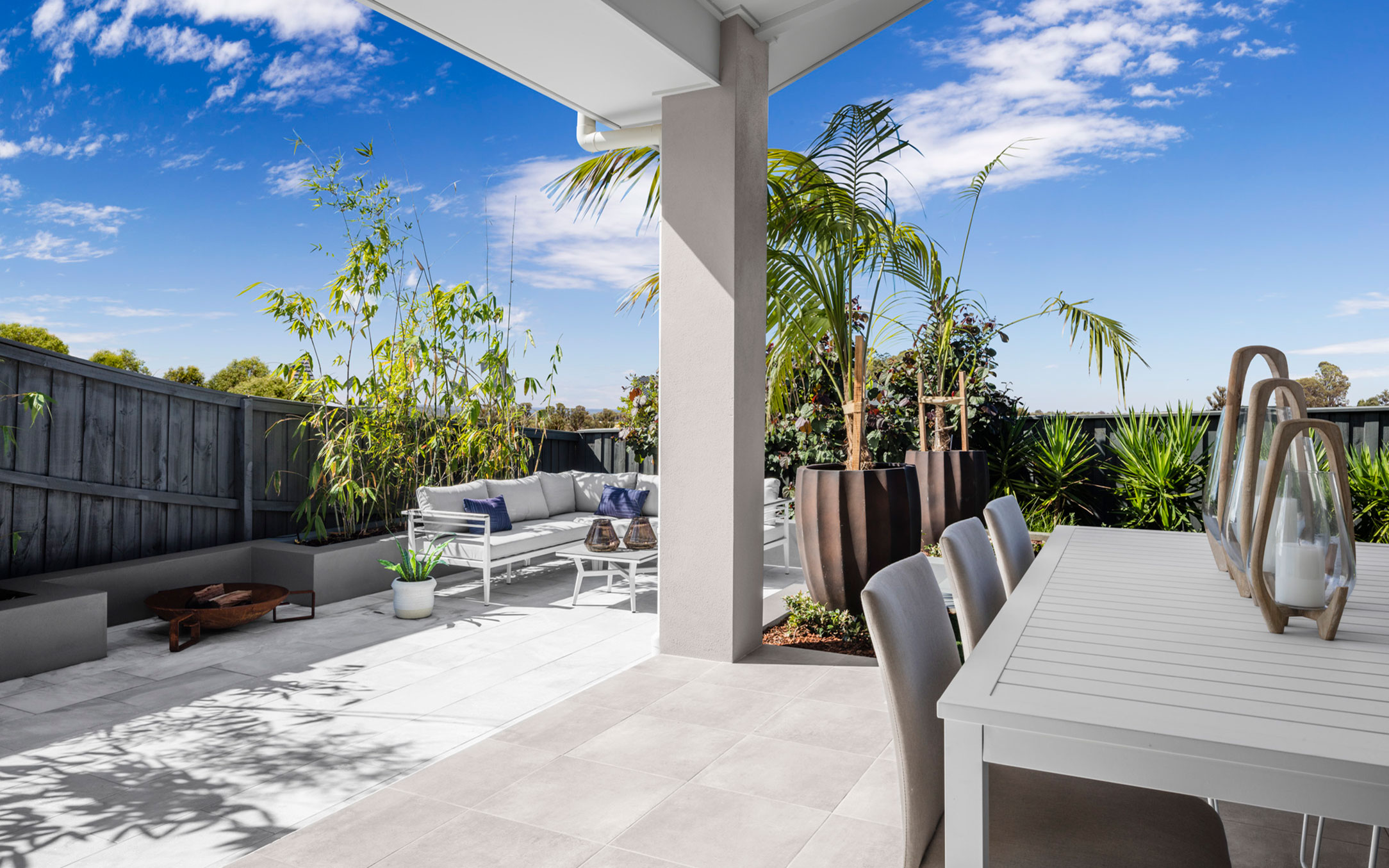 Sienna Display Home Patio Dining at HomeWorld Warnervale
